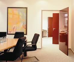 Как выбрать офисные двери — Ремонт дома