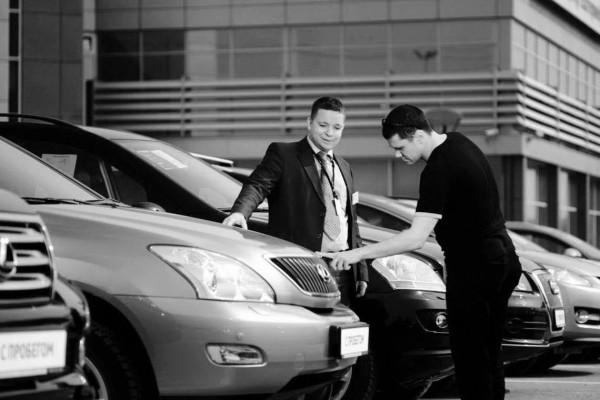 Средневзвешенная цена на поддержанный автомобиль в декабре снизилась на 1,9% год к году — Агентство Бизнес Новостей — Ремонт дома